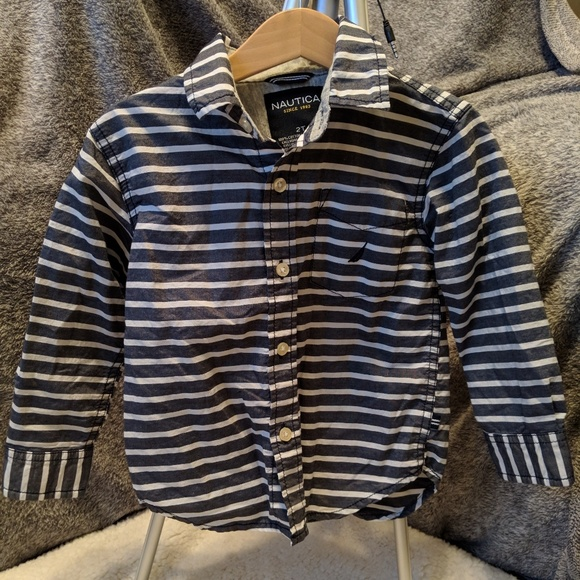 Nautica Other - ⭐Nautica⭐Long Sleeve Button Down..2T⭐Like New!